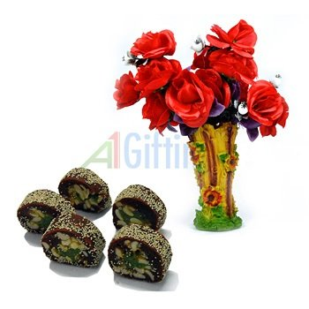 Red Rose Flowers Bouquet with Royal Anjeer King Sweets
