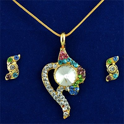 Beautiful Centrally Big Diamond Colorful Stones Locket Set
