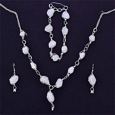 White Stones Fashion Necklace Set with Bracelet