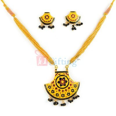 Antique Jewellery Necklace Set with Earrings