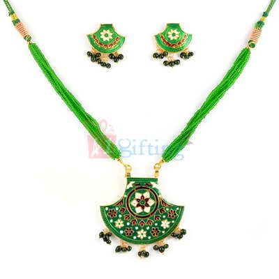 Beautiful Antique Thewa Jewellery Necklace with Earrings